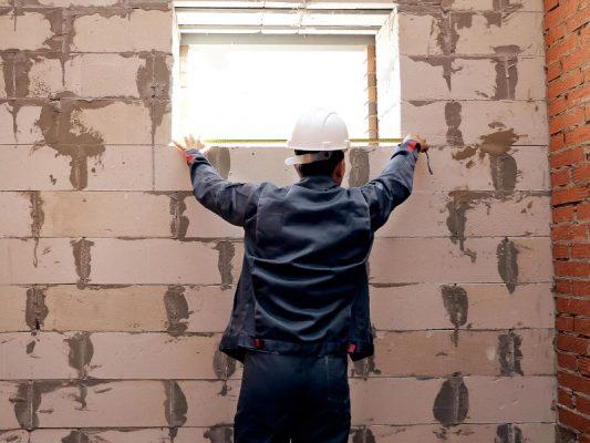mierzenie okien